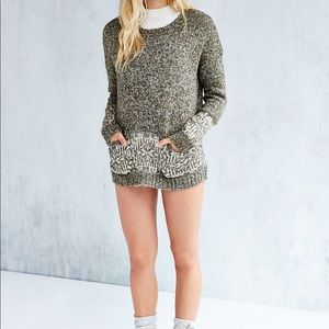 ** 2 for $30**Ecote UO Pocket Pullover Sweater
